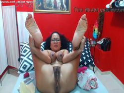 Latina madura se entrega en la webcam video Chicas con webcam